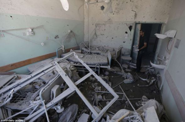 Al Aqsa Hospital after Israeli attacks